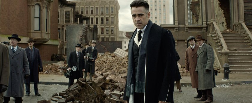 Colin Farrell as Graves.